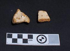 Fragmentos de Caparra Blue encontrada en excavación en Mondoñedo http://mondomedieval.blogspot.com.es/search?updated-max=2016-12-05T04:25:00-08:00
