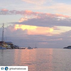 #Repost @ghbahiabocas  Parece una pintura pero es real hermoso  amanecer en Bocas.  Ir looks like a painting but it's real another beautiful sunrise in Bocas. Bocas del Toro Panamá. #bocasdeltoro #Caribe #amaneceresqueladerraman #caribbean #sunrise_and_sunsets