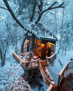 Treehouse in Georgetown, Maine Photo: Huck (@kylefinndempsey)