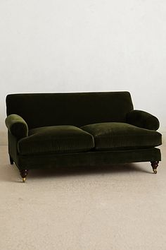I just want to snuggle up on this : ) Anthropologie Velvet Willoughby Settee, Hickory Blue Couches, Green Sofa, Sofa Design, Interior Design, Velvet Sofa, Home And Living, Living Room, Take A Seat, Sofa Furniture