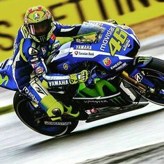 """No matter what?  2015 People's champion ☺️ we always support you, keep calm... Forza Vale,,, ole... ole... ole... ole... ole...  Go... Gooooo......…"""
