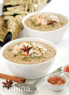 Bubur Gurih Femina Chicken Porridge, Indonesian Cuisine, Indonesian Recipes, Porridge Recipes, English Food, Chinese Food, Cheeseburger Chowder, Asian Recipes, Breakfast Recipes