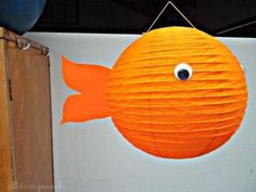 Paper Lantern Goldfish- great for kids birthday parties and room decor! Paper Lantern Making, Goldfish Party, Diy Paper, Paper Crafts, Paper Lanterns Party, Lake Party, Summer Crafts For Kids, Birthday Party Decorations, Birthday Parties