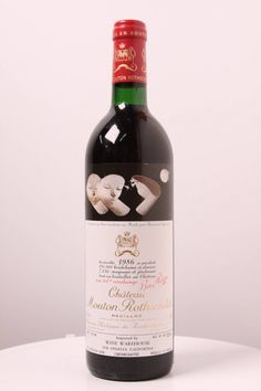 Chteau Mouton Rothschild Pauillac 1986 550x825 Cheers! Top of the Line Wines That Every Man Would Love to Drink