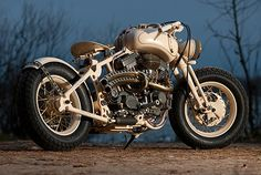 World War II era bike meets crazy steampunk retro future Steampunk Store, Style Steampunk, Bobber Custom, Custom Bikes, Custom Choppers, Sidecar, Cyberpunk, Steampunk Motorcycle, Steampunk Accessoires