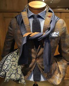 """montulet: """"#Isaia Jacket, #100hands Shirt, #Barba Cravate, #Altea Pochette, #Zanieri Sweater, #Altea Scarf ! #Montulet """""""