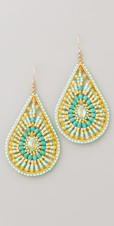 hippie-chic earrings to dress up my plain white tshirt and jeans :o)