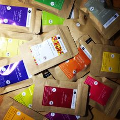 LieblingsTee tea samples. Many delicious pure teas and creative tea mixtures.