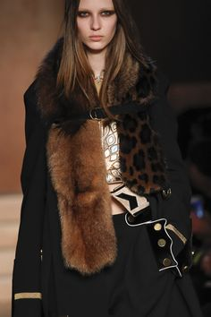 Défilé Givenchy Automne-Hiver 2016-2017 11