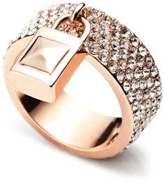 Eddie Borgo Holiday Pavé Padlock Ring | More bling here: http://mylusciouslife.com/photo-galleries/bling-fling/