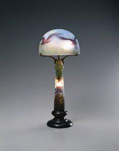 エミール・ガレ 《鳥文ランプ》 1902-1914年                                                                                                                                                                                 もっと見る