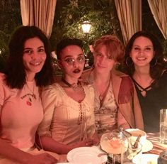 Lana with Florence Welch, Marina and FKA Twigs on Instagram