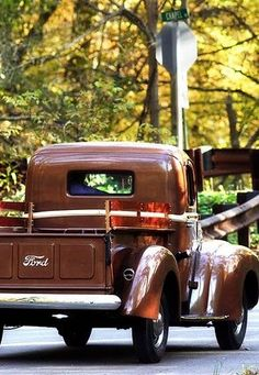 Love old Ford trucks