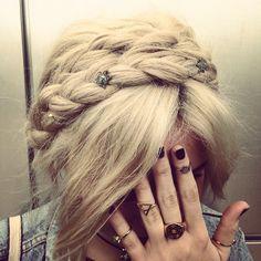 Nina Nesbitt. Turtles in my hair