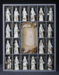 -Laurent Gauthier-  *Ces myriades d'objets.  'La communiante'  (technique mixte. 2012)
