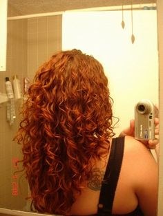 WOW. i just bought some kinky curly curling custard (kccc) to try, after reading many, many raves about it. and just look at the curls this person gets with that beautiful red hair!!