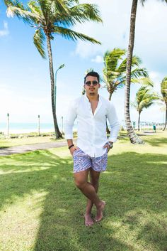 Men's Beach Outfit: White Shirt, Swim Trunk and MDA™ Accessories