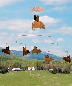 Metal Flying Pigs Hanging Mobile is oversized and whimsical for loads up unique charm. Pig Kitchen, Tout Rose, Pig Crafts, Pig Art, Home Decor Hacks, Hanging Mobile, Flying Pig, Big Sky, Yard Art