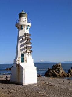 Lower Pencarrow Lighthouse was erected ...