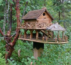 Tropical themed birdhouse see more birdhouses - http://thegardeningcook.com/bird-houses/