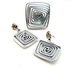 Patricia Moura Biojoias- Brincos e anel em alumínio