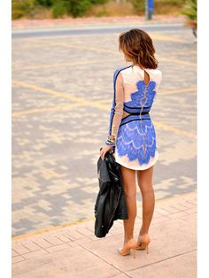 Blue Centralizing Lace Long Sleeve Bodycon Dress | Choies