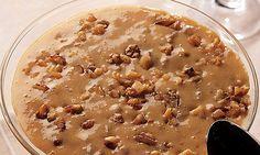 O Estrogonofe de Nozes Versátilé uma receita deliciosa que pode ser servida como sobremesa ou como recheio do seu pão de ló preferido. De qualquer forma,