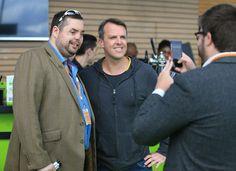 H4H beneficiary Si Harmer having a photo with Team H4H's Graeme Swann at #cricketforheroes