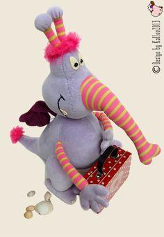 """Same monster in lavender color  (pattern in book """"Doudous à coudre et à câliner)"""