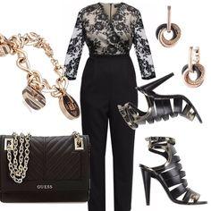 Un outfit davvero chic! Tuta jumpsuit nera, con corpino avorio e pizzo nero. Sandalo nero con particolari oro, tacco a stiletto con cinturino alla caviglia . Borsa in pelle nera con tracolla dorata. Completano il look bracciale ed orecchini di Armani, tocco davvero raffinato.