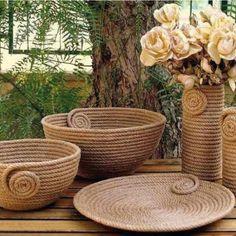 I Heart Organizing: A Darling DIY Rope Basket Sisal, Art N Craft, Diy Art, Diy Para A Casa, Rope Decor, Diy Crafts For Home Decor, Rope Art, Jute Crafts, Rope Basket