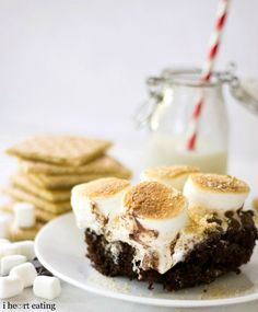 S'mores Cakes | http://www.ihearteating.com | #smores #cake #recipe
