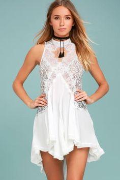 Blancos vestidos de encaje, vestidos de encaje negro y vestidos atractivas del cordón   Lulus