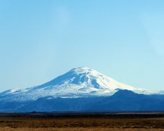 Being the most active volcano in Iceland (erupting aprox. every 10th year) Hekla is surely a fascinating place and one our favorites.