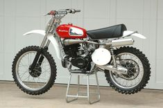 Tricked out 1975 Husqvarna