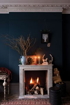 Looking for the most popular Farrow & Ball paints? From classic Ammonite to stylish Hague Blue, here are the best picks Farrow Ball, Farrow And Ball Paint, Farrow And Ball Drawing Room Blue, Living Room Green, Paint Colors For Living Room, Living Room Decor, Dining Room Colour Schemes, Living Rooms, Best Paint Colors