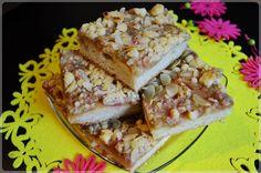 Yeast cake with carmelized rhubarb and crumble // ciasto drożdżowe z karmelizowanym rabarbarem i kruszonką
