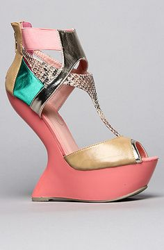 The Blithe Shoe in Tan and Black by *Sole Boutique