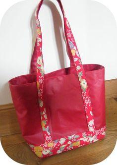 sac en toile enduite et tissu à fleur inspiration Vanessa bruno avec lien vers le tuto