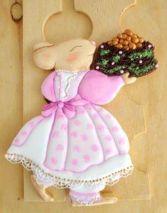 Mom Rabbit! New Season, new dress, new cake! - Cake by The Cookie Lab - Bolachas Decoradas Artesanais