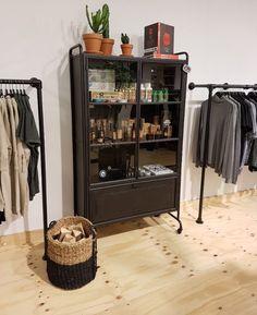 @klof_enschede Metalen kast van Bepurehome! 599,- (b) 105 x (d) 40.2 x (h) 183.5 cm Verkrijgbaar bij KLOF. . .  #KLOF #NIEUWE #Winkel #ENSCHEDE #HAVERSTRAATPASSAGE #kast #wonen #living #interieur #interiordesign #closet #matzwart #baard #haar #producten