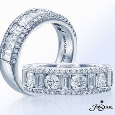 Pave your way to her heart with this round, baguette and pavé band handcrafted in pure platinum.