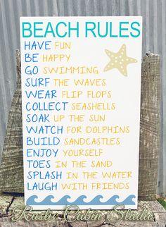 Beach Rules Sign por RusticCabinStudio en Etsy