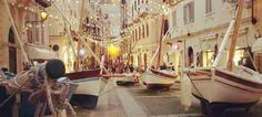 Stanchi delle pacchianate e del nulla cosmico, ecco la proposta per un Natale tarantino che riparta dalle sue tradizioni e dalle sue genti Scopri di più: http://www.madeintaranto.org/natale-tarantino/  #Madeintaranto #Taranto #Puglia #Italy #Madeinitaly #Magnagrecia #Salento #weareinpuglia