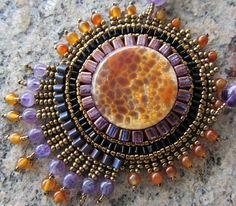 """Купить Кулон""""Солнце в бокале"""" - агат вены дракона, кулон с агатом, украшения из бисера, оранжевый, аметист"""