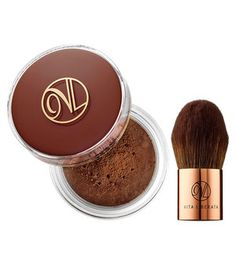 This powder works instantly, but builds over time. A dusting gives skin an immediate glow that gradually increases to create a lasting tan, thanks to dihydroxyacetone (the ingredient that tans skin). After your moisturizer is dry, buff it all over your face, neck, and chest with the included kabuki brush.