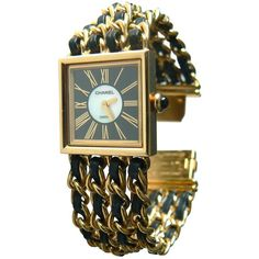 Pre-owned Chanel Mademoiselle Yellow Gold Watch (24.630 BRL) ❤ liked on Polyvore featuring jewelry, watches, gold, gold watches, gold wrist watch, gold wristwatches, chanel watches and yellow gold jewelry
