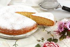 Vanilla Cake, Yogurt, Desserts, Food, Tailgate Desserts, Meal, Dessert, Eten, Meals