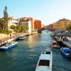 Venice is beautiful!!! You want to increase your followers on Instagram?  Click the link that you find in my bio!  Vuoi aumentare il numero di follewers su Instagram?  Fai click sul link che trovi nella mia biografia!