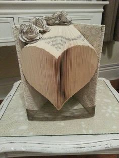 Book folding pattern for a Large Heart + FREE TUTORIAL